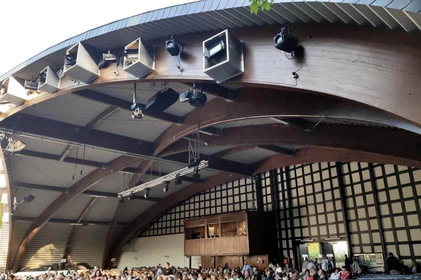 Blick in den Zuschauerraum der Freilichtbühne in Hallenberg