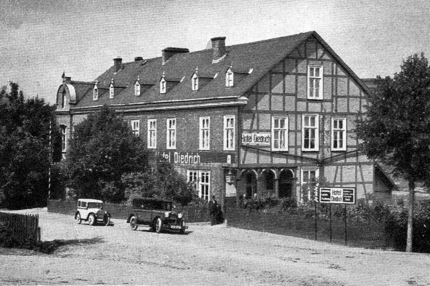Historische Außenaufnahme des Hotel Diedrich um das Jahr 1900