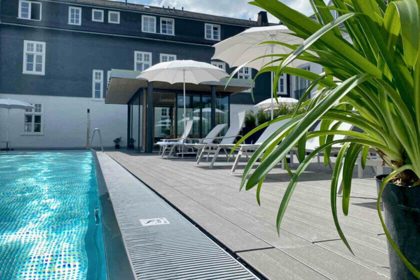 Infinity Außenpool im Wellnesshotel Diedrich Sauerland