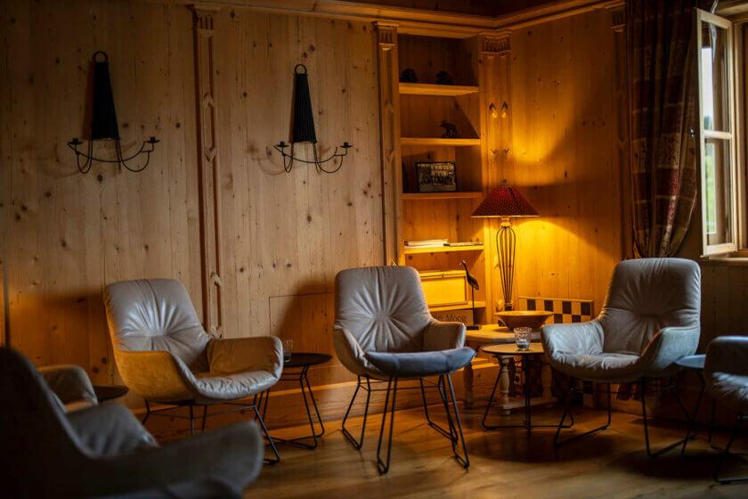 Sitzecke der Kaminstube im Hotel Diedrich Sauerland